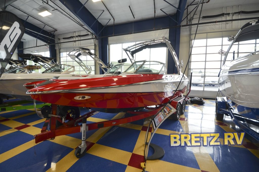 MB Sports Tomcat Boat